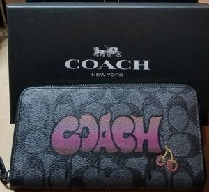 "Coach wallet in ""Grafetti"" NEW"